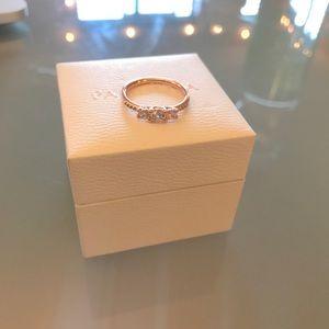Pandora three-stone ring - rose gold